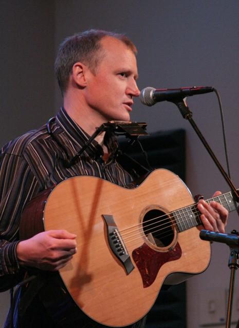 Jim Malcolm live